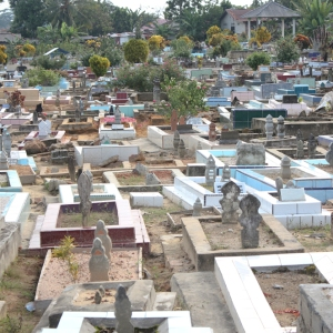 Graves in Pangkal Pinang
