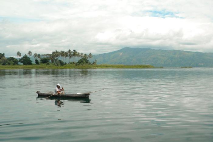 lakeboatCB