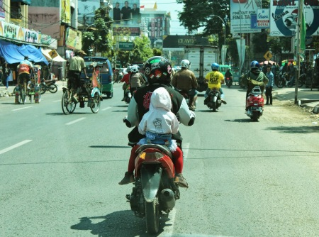 Motorcycles are the most common form of transportation in Indonesia, but that may change with the L (Max Bevilacqua/Indonesiaful)