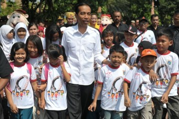 "Joko Widodo, current Jakarta mayor who goes by the name ""Jokowi"", is the most famous new-generation politician. He is most known for loving metal music, and his populist platforms of tackling corruption and promoting public transportation. (Agent France"