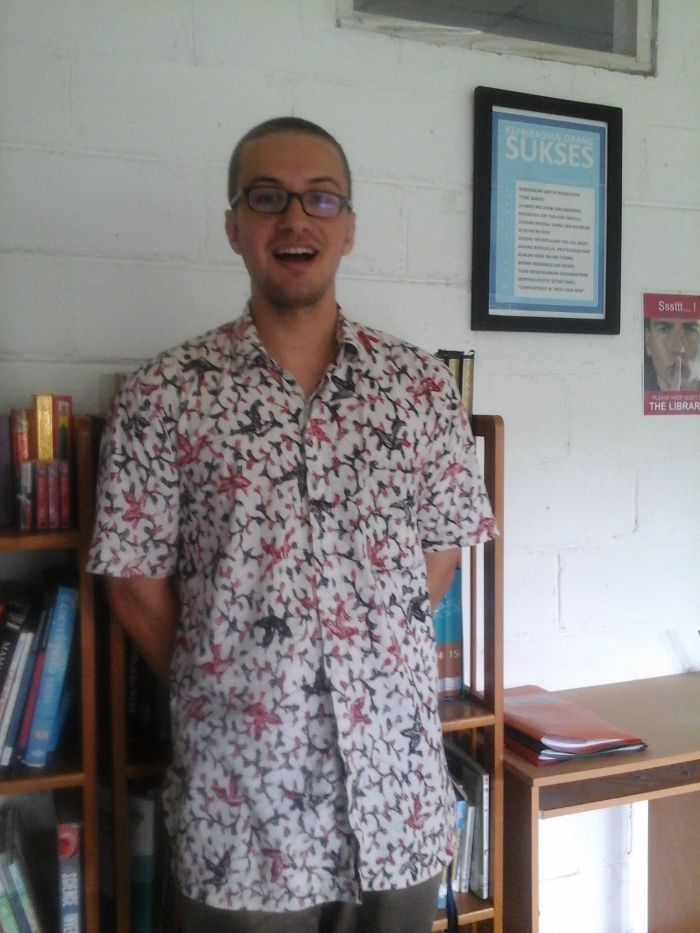 Christopher Linnan, who works at SMA Unggulan CT Foundation in Medan, wearing a batik from Yogyakarta.