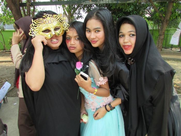 15- Clara,Halloween 6