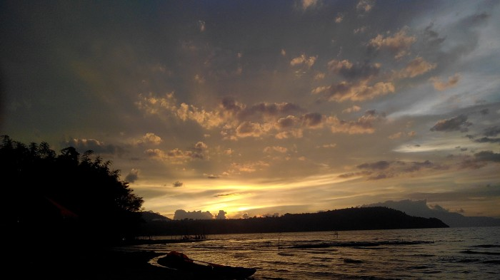 2-highs-and-lows-daniel-spectacular-sunsets-over-lake-toba
